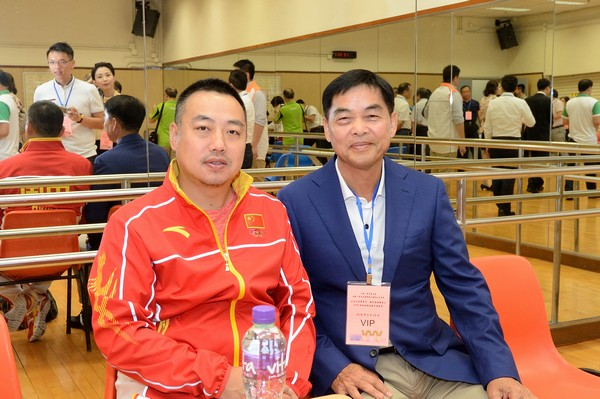 http://www.ntsha.org.hk/images/stories/activities/2016_olympic_table_tennis_exhibition/smallJAS_5950.JPG