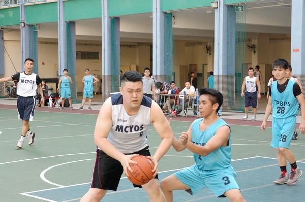http://www.ntsha.org.hk/images/stories/activities/2016_teachers_basketball_match/smallDSC_2197.JPG