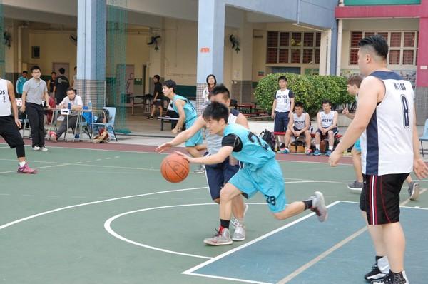 http://www.ntsha.org.hk/images/stories/activities/2016_teachers_basketball_match/smallDSC_2202.JPG