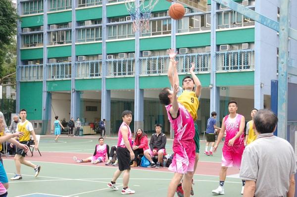 http://www.ntsha.org.hk/images/stories/activities/2016_teachers_basketball_match/smallDSC_2414.JPG