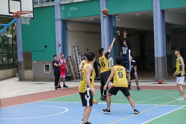 http://www.ntsha.org.hk/images/stories/activities/2018_teachers_basketball_match/smallDSC00456.JPG