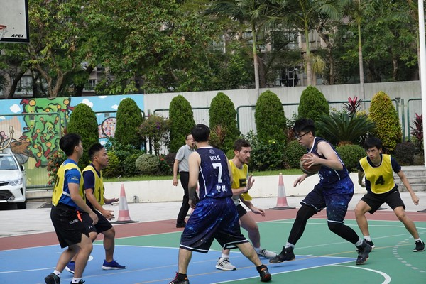 http://www.ntsha.org.hk/images/stories/activities/2018_teachers_basketball_match/smallDSC00479.JPG