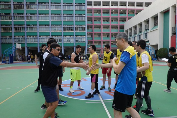 http://www.ntsha.org.hk/images/stories/activities/2018_teachers_basketball_match/smallDSC00737.JPG
