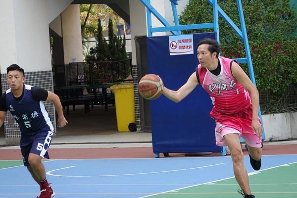 http://www.ntsha.org.hk/images/stories/activities/2018_teachers_basketball_match/smallDSC00869.JPG