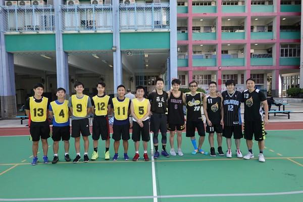 http://www.ntsha.org.hk/images/stories/activities/2018_teachers_basketball_match/semi_fin_and_fin/smallDSC01337.JPG