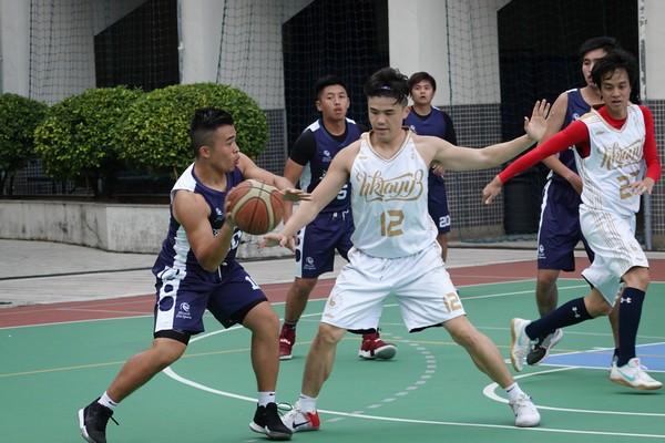 http://www.ntsha.org.hk/images/stories/activities/2018_teachers_basketball_match/semi_fin_and_fin/smallDSC02657.JPG