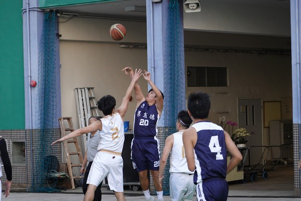 http://www.ntsha.org.hk/images/stories/activities/2018_teachers_basketball_match/semi_fin_and_fin/smallDSC03196.JPG